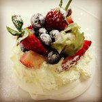 Homemade Fresh Fruit Pavlova