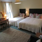 Family room ensuite 1 x King 1 x Single bed