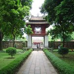 Temple of Literature Tours