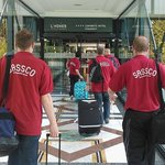 The Sassco.co.uk team arriving in the hotel.