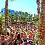 Rehab: festa in piscina di ogni domenica