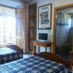 Habitación doble con tv, baño, calefacción, wi-fi y esplendidas vistas a la Sierra de María