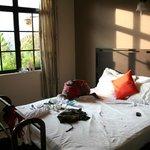 Fan room with balcony + hot water