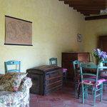 Melograno living room
