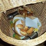 Panier petit déjeuner à isser en haut de la cabane