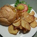 Cheddar burger with homemade chips