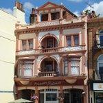 Alexandra Ristorante facade (pre-2012/2013 restoration)