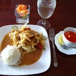 Massaman Curry with chicken, Thai tea