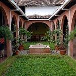 Centro Arte Para La Paz