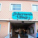 Photo de Fishermen's Village