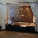 villa bath 102