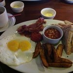 Great Breaky in Irish Pub