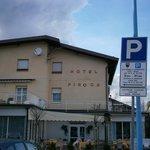 Hotel visto dal parcheggio
