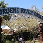 Eingang zum River Grill