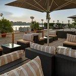 Waterfront Terrace - Lounge Area