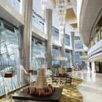 Sofitel Mumbai BKC - Lobby by day