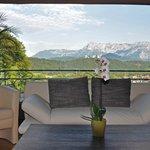 Alparella Vital Resort Lobby mit Aussicht