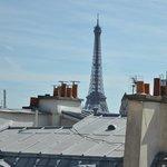 Room view - Eiffel Tower