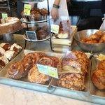 Foto de Flour Bakery & Cafe