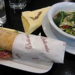 Sandwich and Small Salad  11€