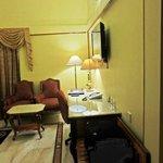 Hotel Raj Park - Study table