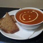 Roast tomato & red pepper soup served with wheaten