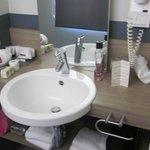 badkamer (sorry voor de mess)