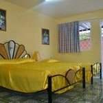 The larger room, with independant entry. Offered by holacuba.de