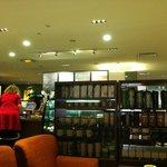 Photo of Starbucks Changi Transit 3