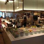 Crossroads Cafe breakfast buffet