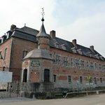 Château de Freijr - Roadside façade