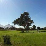 Un golf entre mer et montagne