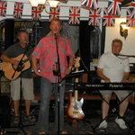 Haughton Weavers in The Tudor Bar