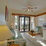 SunBreeze Suites - Living Area & Beach Views