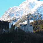 Alpes y castillo