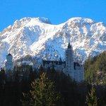 Alpes y castillo de Neuschwanstein