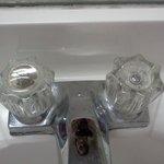 canillas del baño