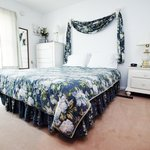 White Rose Bedroom