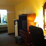 Desk, TV, Fridge, Micro, Vanity area