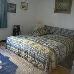 Une chambre simple très confortable