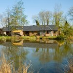 Long Barn lakeside cottages