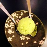 I'm not a big fan of green tea ice-cream but this is a good one