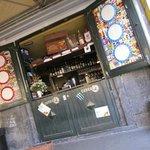 Fronte del bar