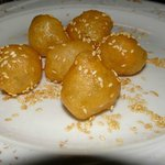 Honey balls -Loukoumades