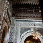 Stucs et plafons richement décorés
