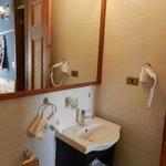 Room 1005 Bathroom