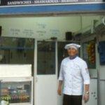 El dueño de Sintagma, un anfitrión y cocinero espectacular
