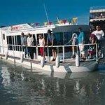 Jesters Cruise Boat Mannum