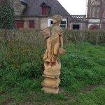 Statue en face du chateau