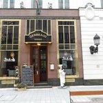 Gerbeaund Resturant / Cake shop